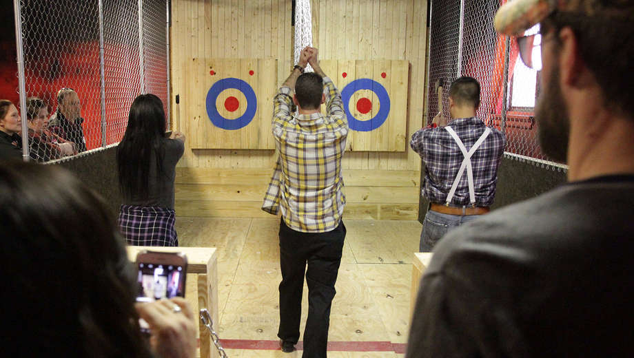 throwing axes event