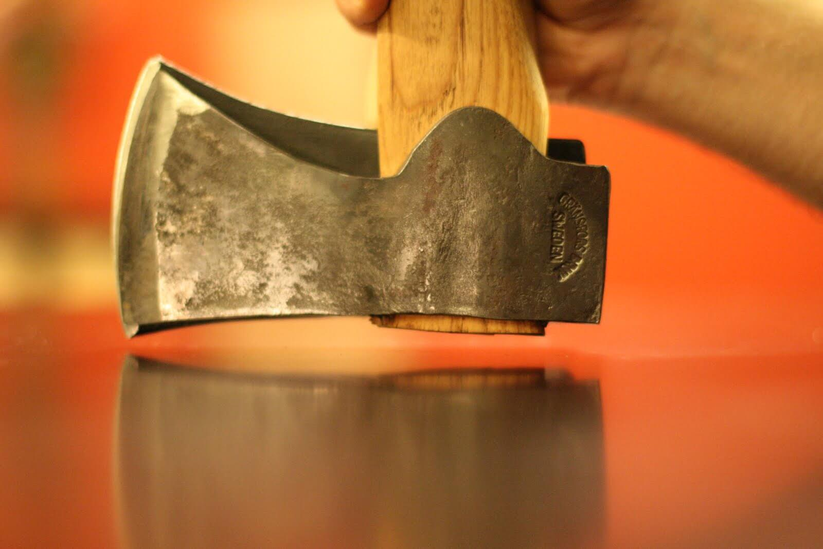https://clutchaxes.com/best-axe-for-splitting-wood-the-only-one-youll-need/